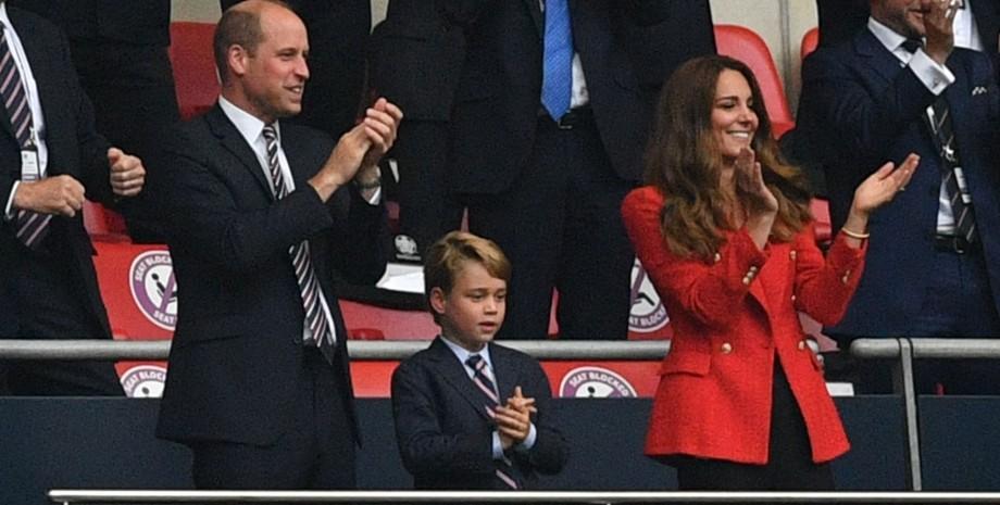 принц Джордж і його батьки