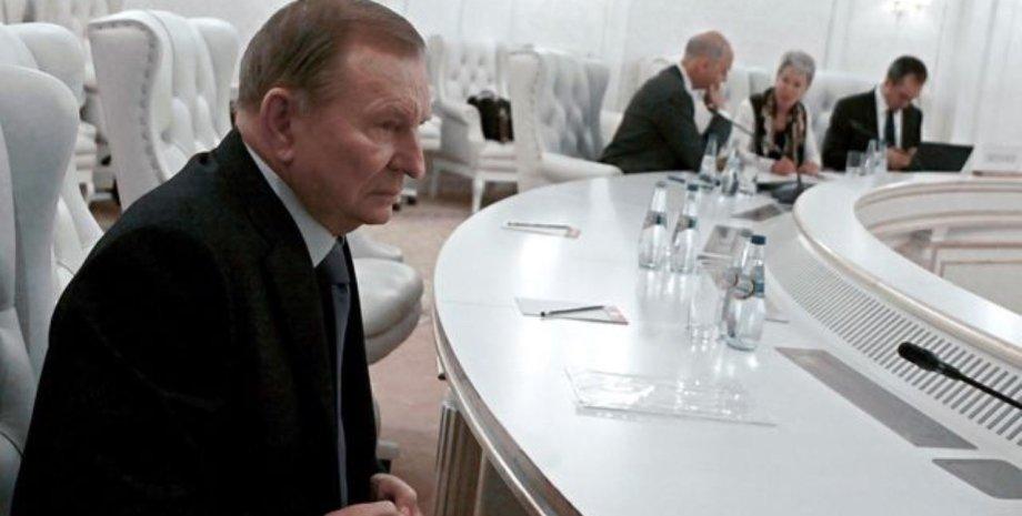 Кучма на переговорах в Минске / Фото: segodnya.ua