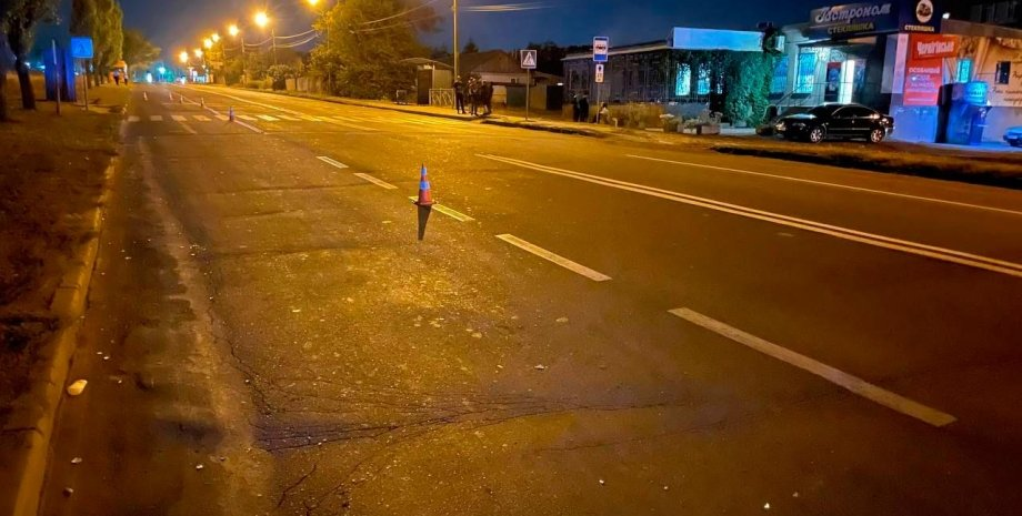 В Николаеве 11-летнюю девочку сбили насмерть на переходе