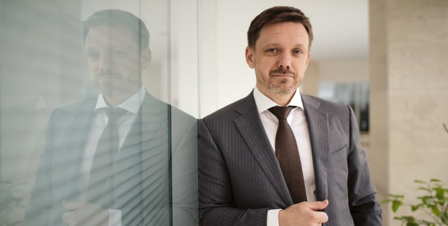 """Глава правління """"Укрексімбанку"""" прокоментував напад на журналістів """"Схем"""""""
