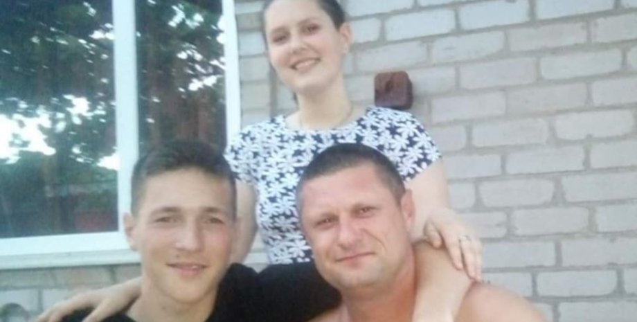 Один из арестованных рыбаков Терехов с семьей. Фото из соцсетей