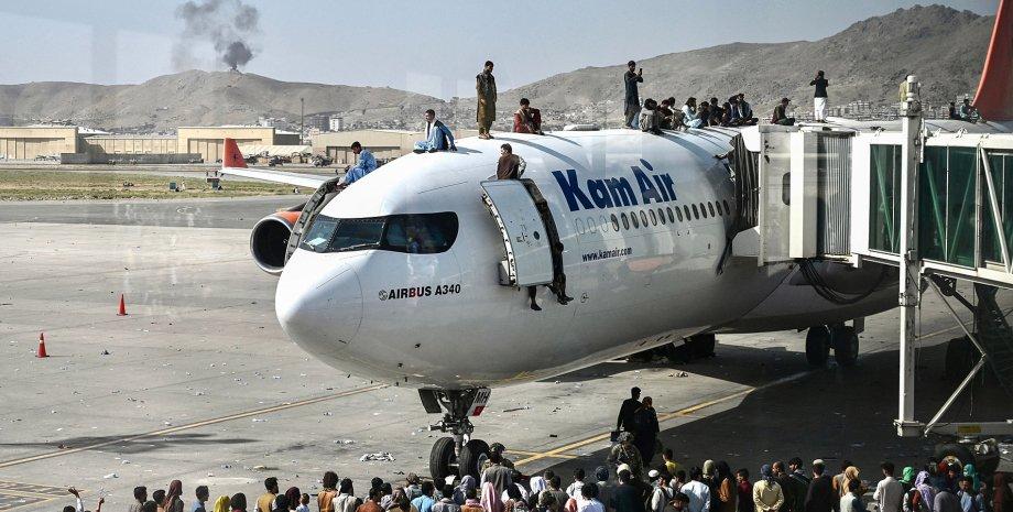 Талибан пообещал восстановить работу аэропорта в ближайшие дни