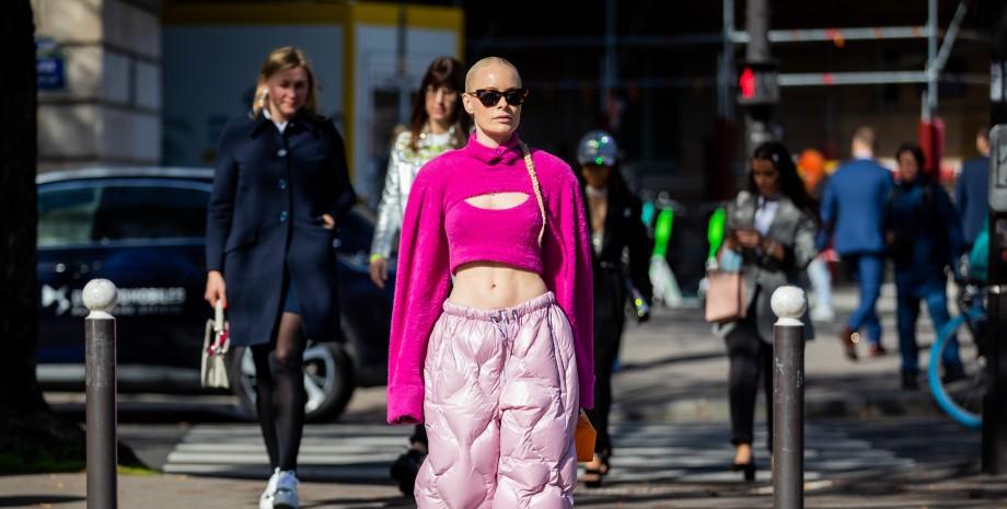 модные свитера октября, тренды осени 2021, модные свитера, модные тренды