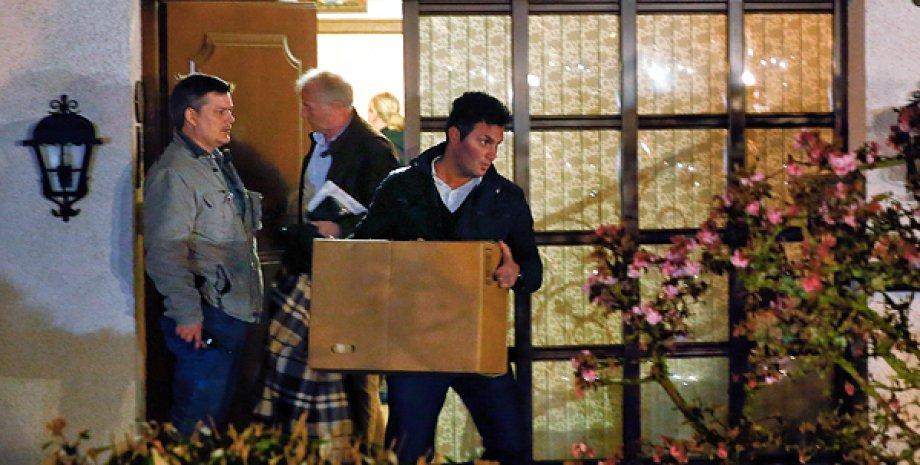 Обыск в доме Андреаса Лубица / Фото: interfax.ru