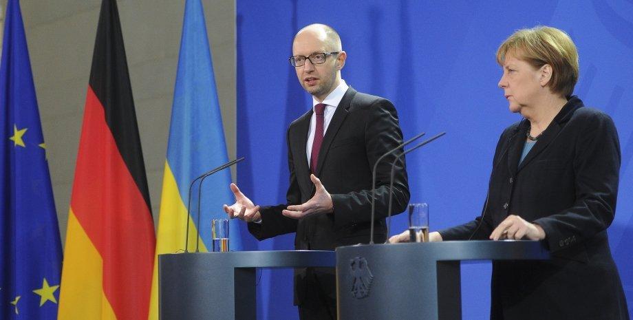Арсений Яценюк и Ангела Меркель / Фото: пресс-служба Кабмина