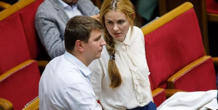 Антон Поляков і Анна Скороход приховували свій роман