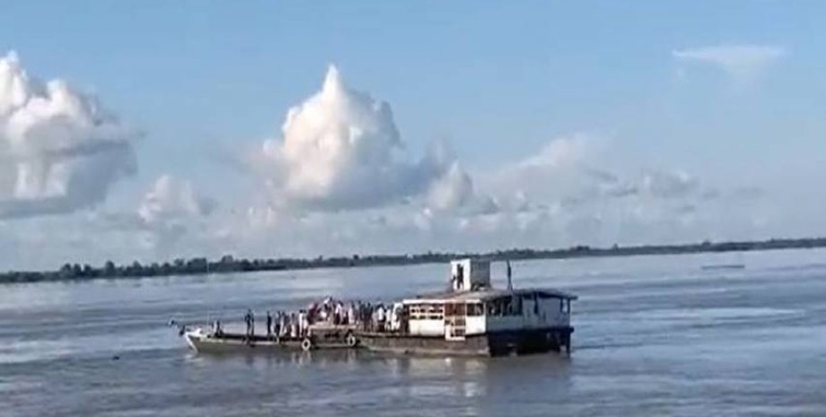 индия, река, столкновение, фото