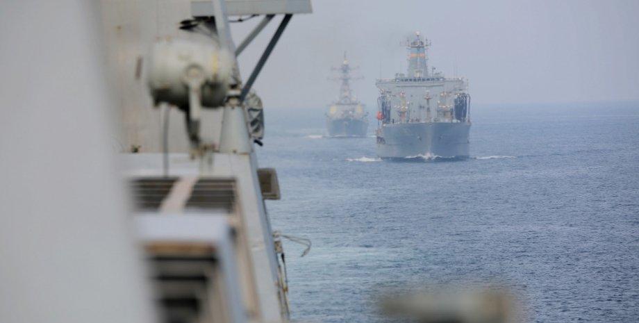 Кораблі, Іран, США, ВМС США, Перську затоку, Попереджувальний постріл
