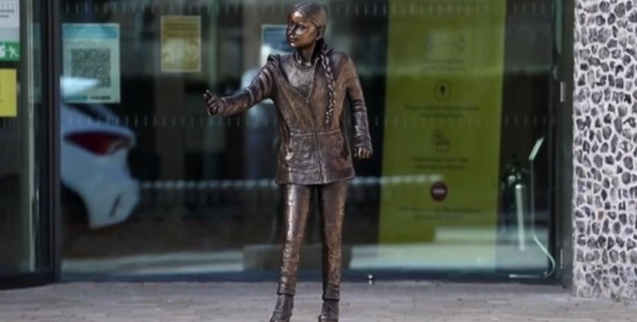 Грета Тунберг, скульптура, фото
