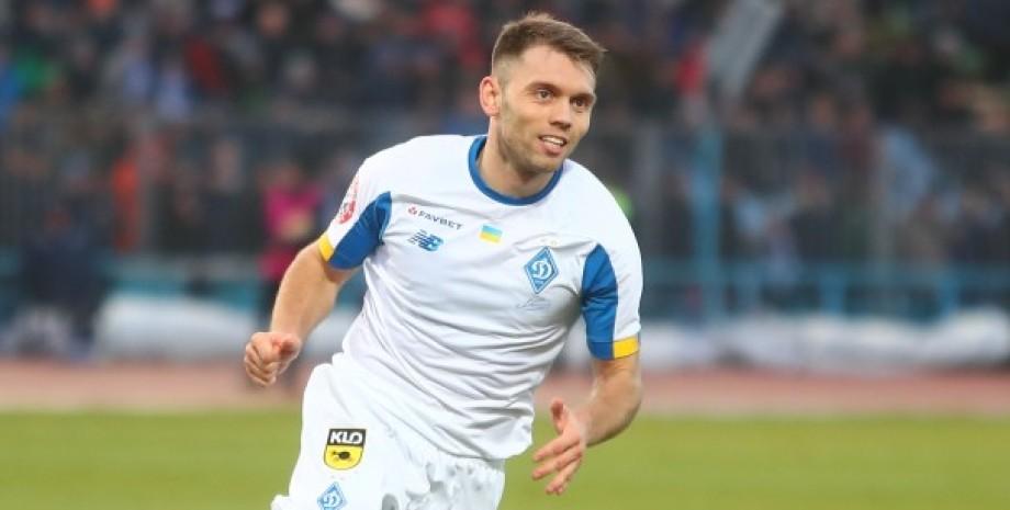 Олександр Караваєв, футболіст Караваєв, Динамо Київ