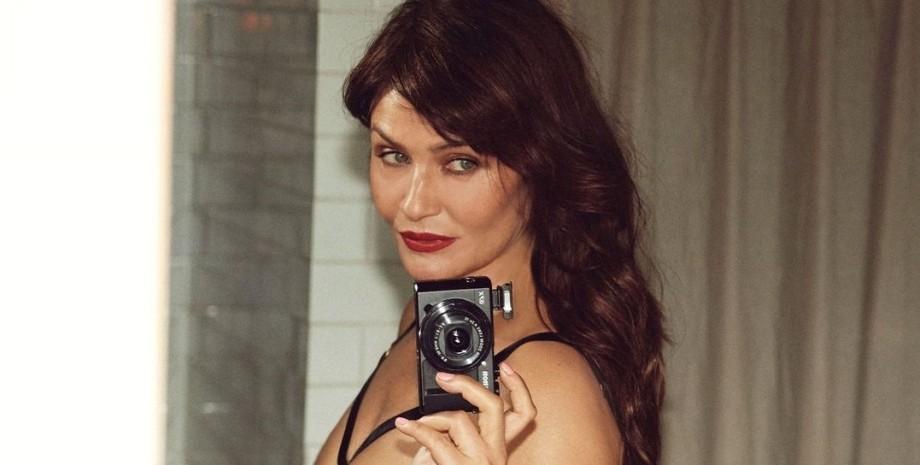 хелена Крістенсен, нижню білизну, рекламна кампанія