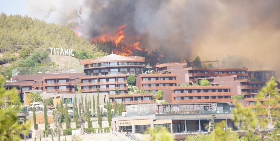Манавгат, пожежа, лісова пожежа, пожежі в Туреччині, пожежа на курорті