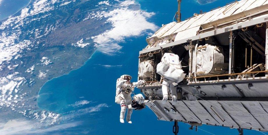 МКС, NASA, астронавти