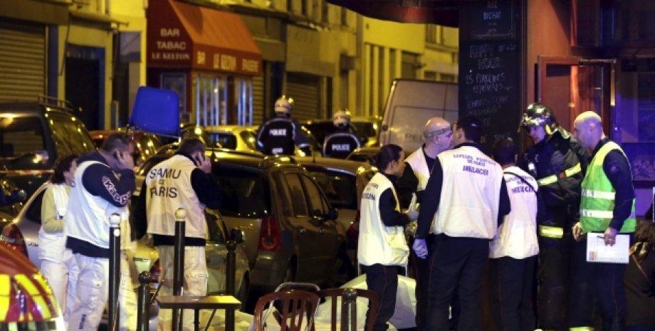 Последствия терактов в Париже / Фото: REUTERS