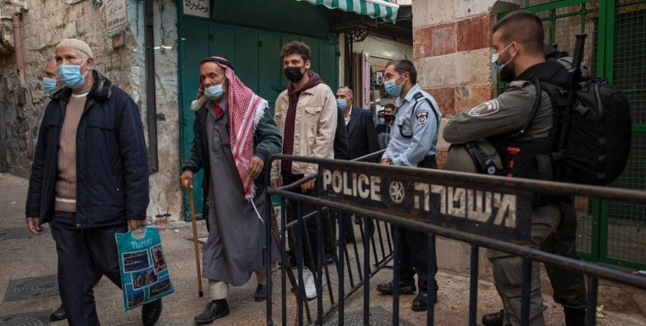 Израиль, Палестинцы, Кеннет Рот, Апартеид, Правозащитники