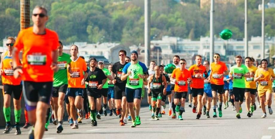 массовый бег, киев, фото