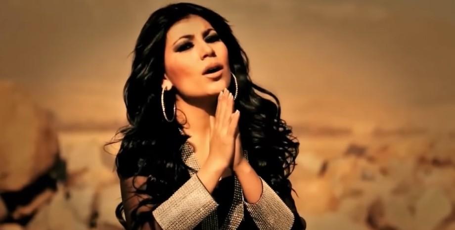 Аріана Саїд, кадр з кліпу, афганська співачка