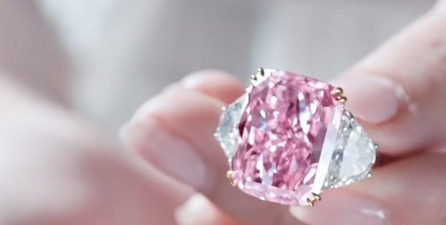 розовый бриллиант, сакура, камень