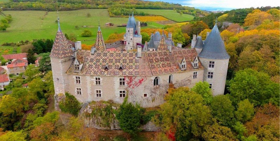 Шато де Ла Рошпо, Франция, замок в Ла Рошпо