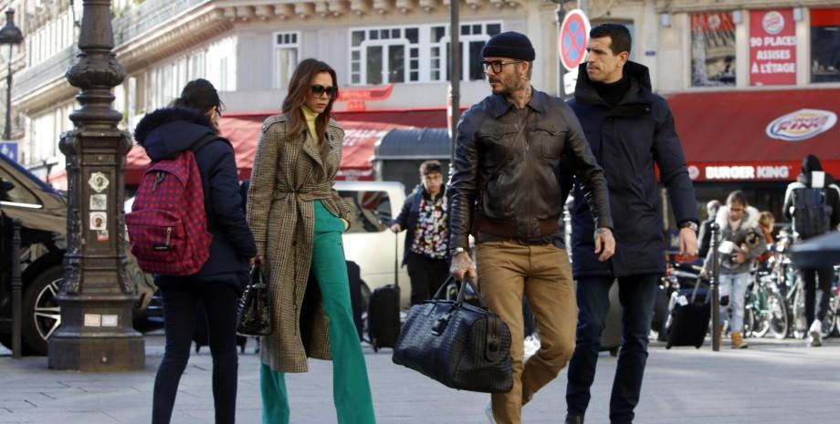 Виктория Бекхэм и Дэвид Бекхэм в Париже