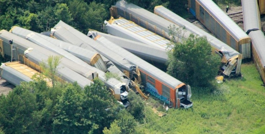 США аварія потягу 450 авто Ford