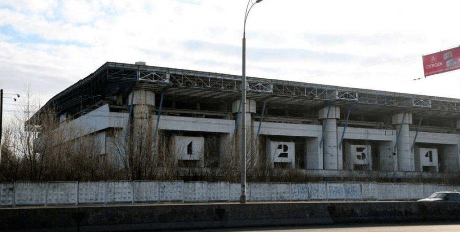 Заброшенный Ледовый стадион в Киеве / Фото из открытых источников