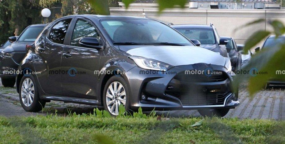 Mazda 2 2022, новая Mazda 2, Mazda 2, Toyota Yaris, новая Toyota Yaris