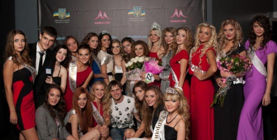 Александр Санченко (внизу) / Фото: https://www.facebook.com/UACEC/posts/1014663475582736