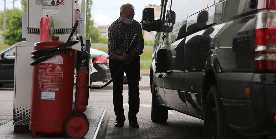 заправка, цены на бензин в Украине, сколько стоит полный бак