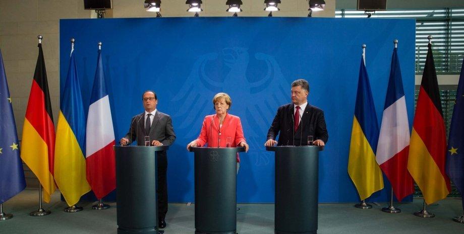 Петр Порошенко, Ангела Меркель и Франсуа Олланд / Фото: Facebook