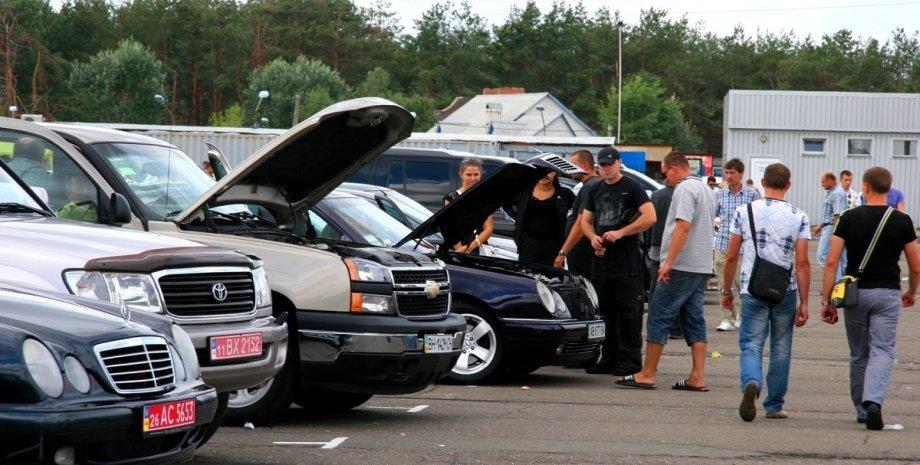 Продажі б/у авто в Україні, продажу б/у авто, б/у авто, старі автомобілі