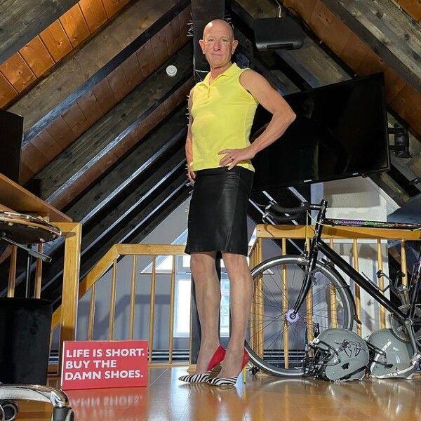 Марк Брайан, мужчина, женская одежда
