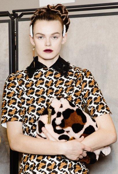 аксессуары из меха, модные тренды 2021