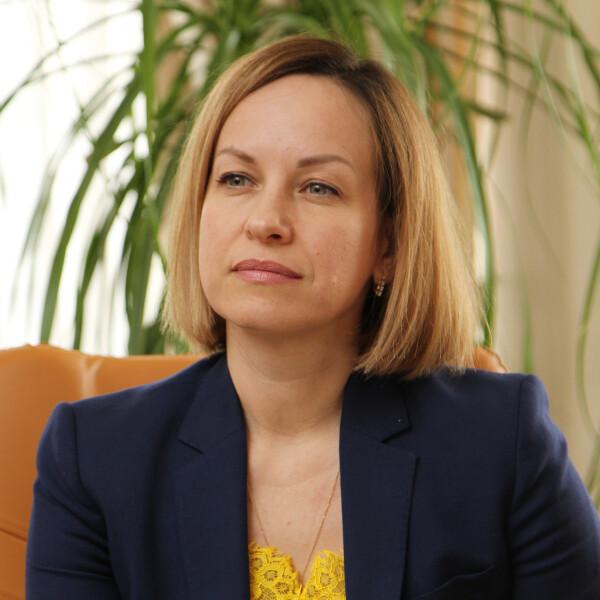 Министр социальной политики Украины Марина Лазебна