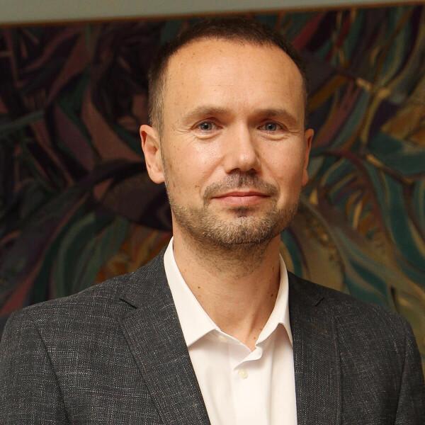 Сергей Шкарлет, оценки правительству