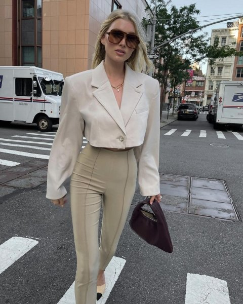 эльза хоск, модный пиджак сезона, модный жакет сезона, модные тренды осени 2021